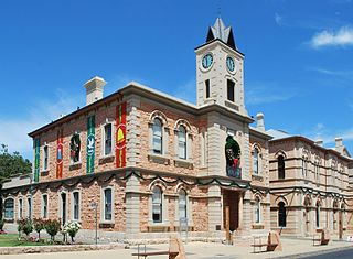 Mount             Gambier Town Hall